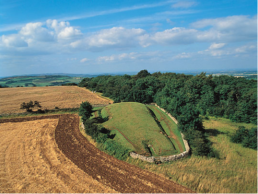 Cotswold Way Belas Knap Long Barrow